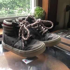 Gap Toddler Sneakers/Shoes